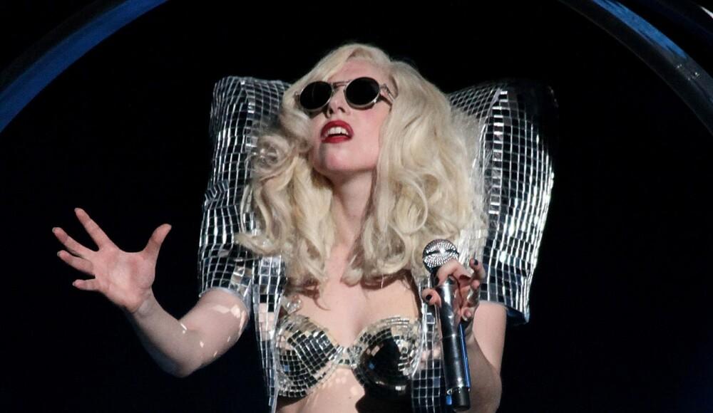 Lady-Gaga-Miss-Universe.jpg
