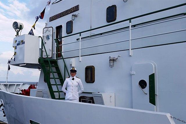 231215-mujer-comandante-buque-oceanografico.jpg