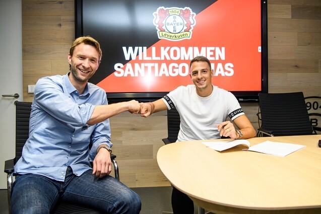 Santiago Arias firma Bayer Leverkusen