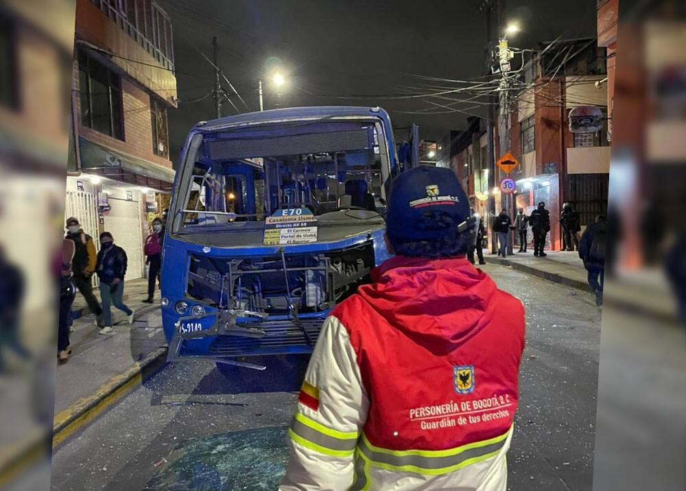 vándalos atacaron buses del SITP en Usme.jpg