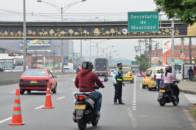pico y placa taxis Medellín 15 de marzo.png