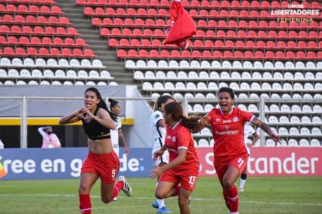 Joemar Guarecuco América femenino