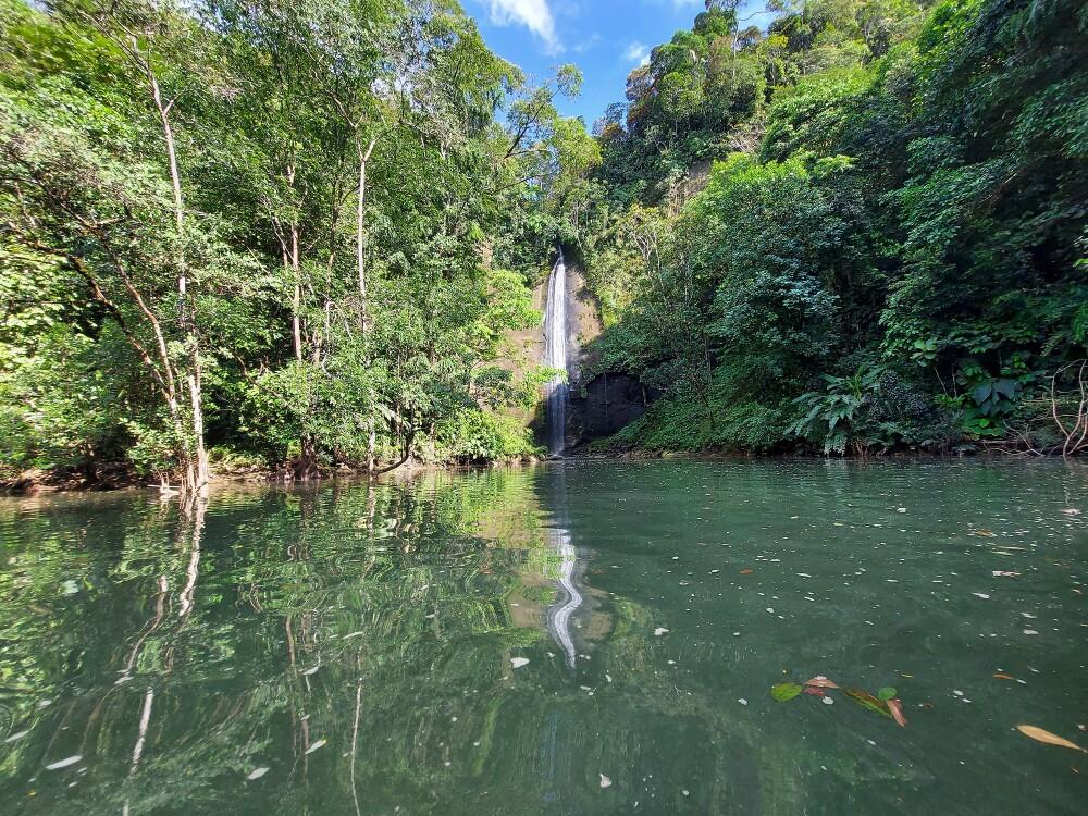 cascada de la sierpe en bahia malaga foto mario baos.jpg