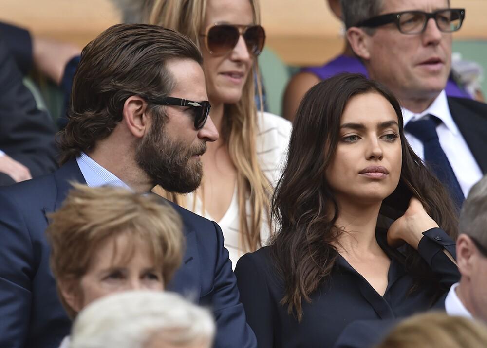 217712_Bradley Cooper y la modelo Irina Shayk en Wimbledon - AFP
