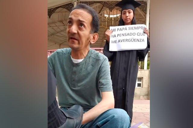 Sorpresa a padre embolador en México
