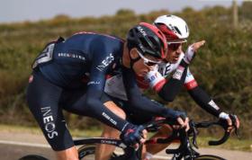 Sergio Henao y Chris Froome en la Vuelta a España 2020.