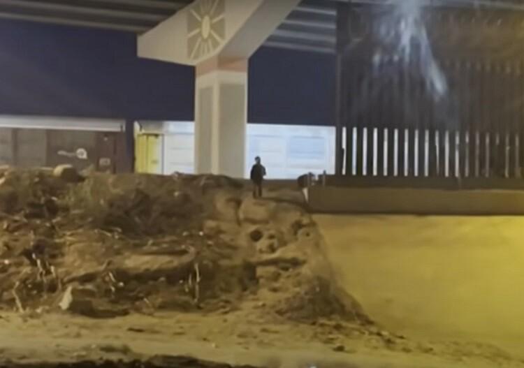 menor abandonado en el paso frontera mexico-estados unidos.jpg
