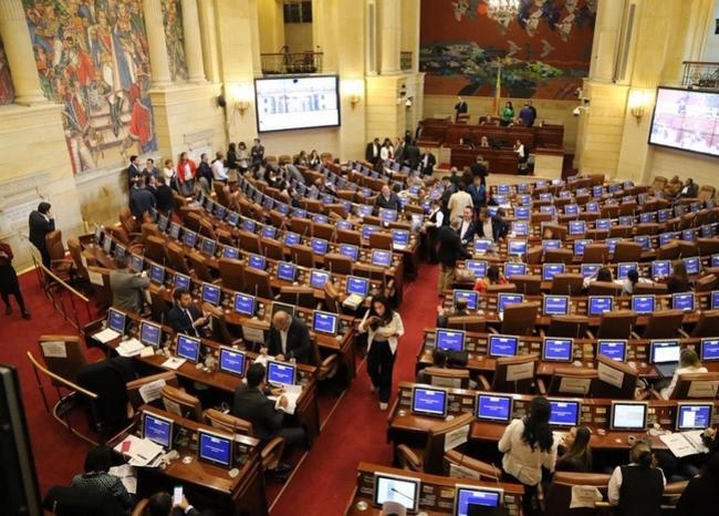 330779_BLU Radio, Senado de la República / Foto: Twitter @Rovillalva