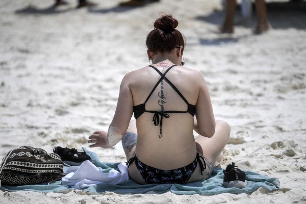 Joven mujer en Cancún