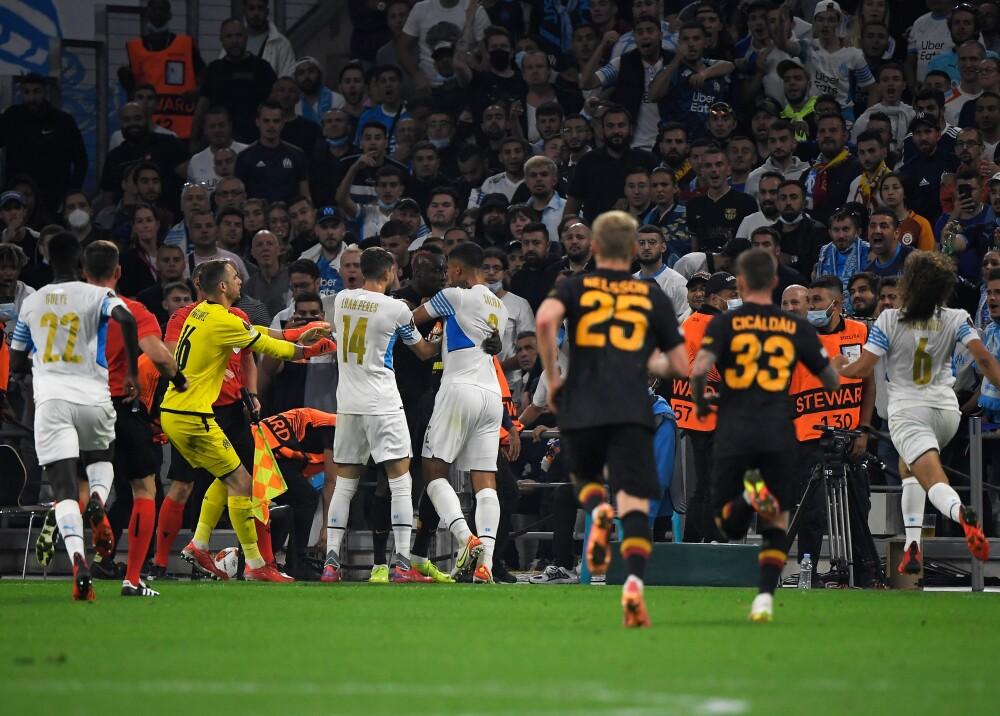 Final caliente_ el partido entre Marsella y Galatasaray terminó en pelea Foto AFP.jpg