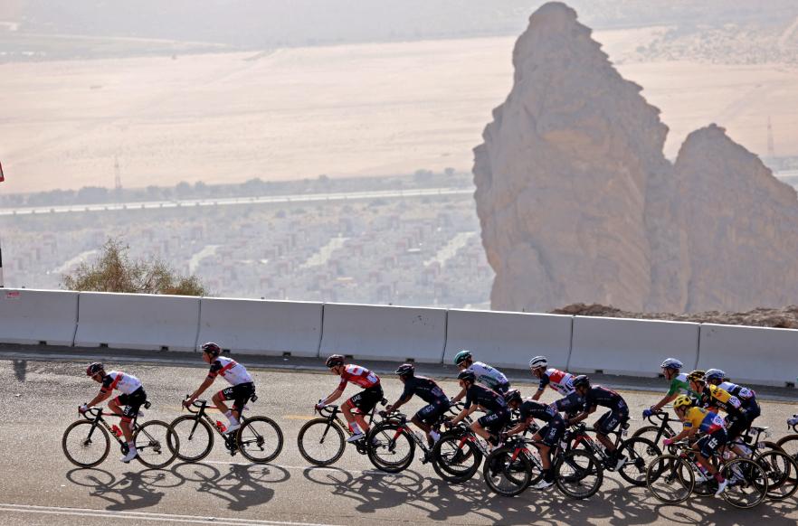 Sergio Higuita fue tercero en la etapa 3 del UAE Tour.