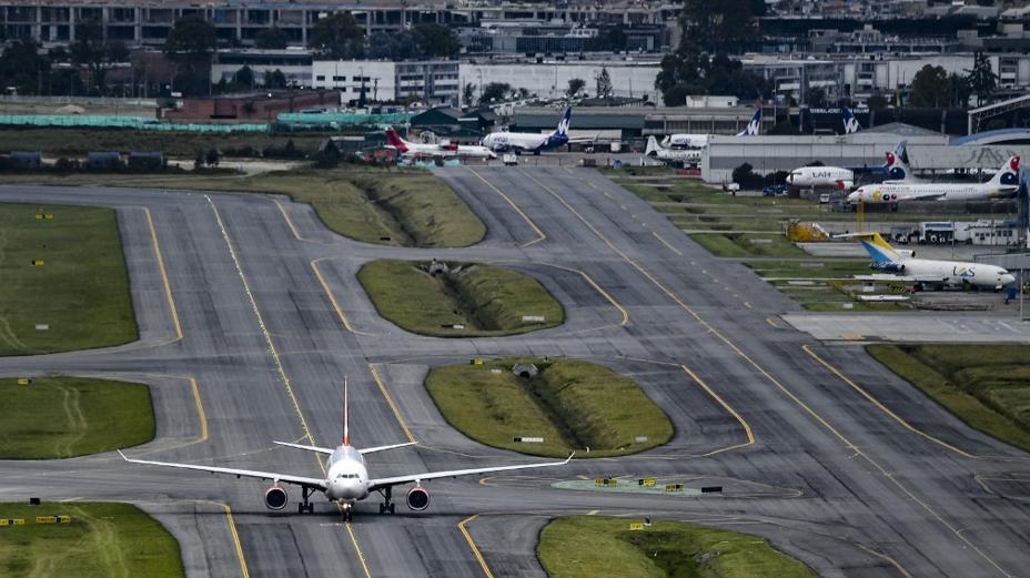 Aterrizaje de emergencia en el aeropuerto El Dorado.png