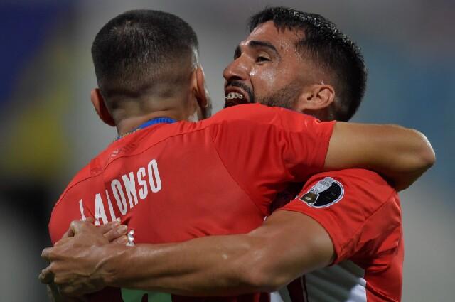 Gol del empate de Paraguay contra Perú