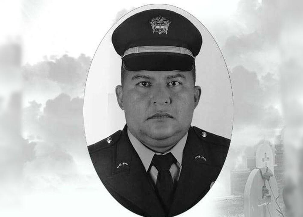 José Ronald Torres policia asesinado en el cairo valle.jpg