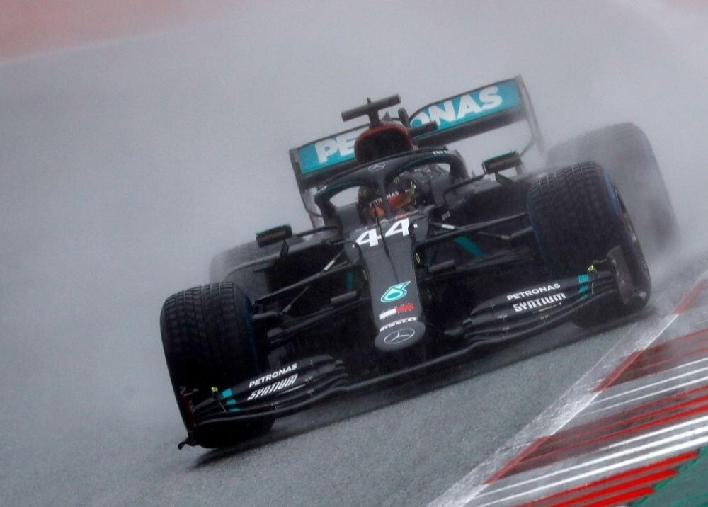 370711_Lewis Hamilton / AFP