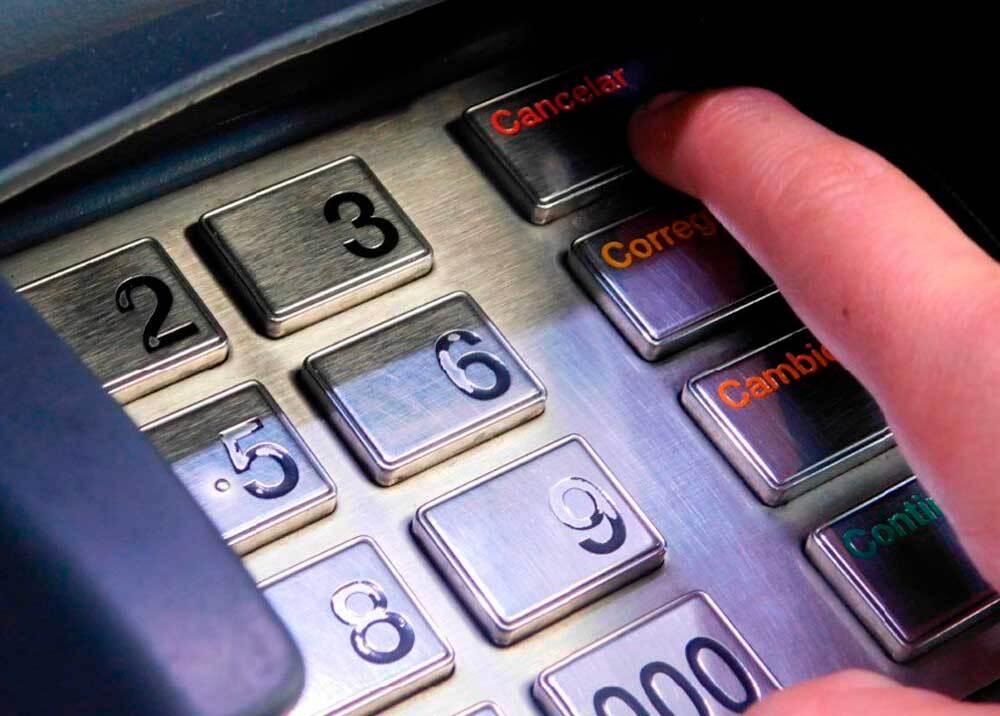 350564_BLU Radio. Cajero electrónico / Foto: Policía