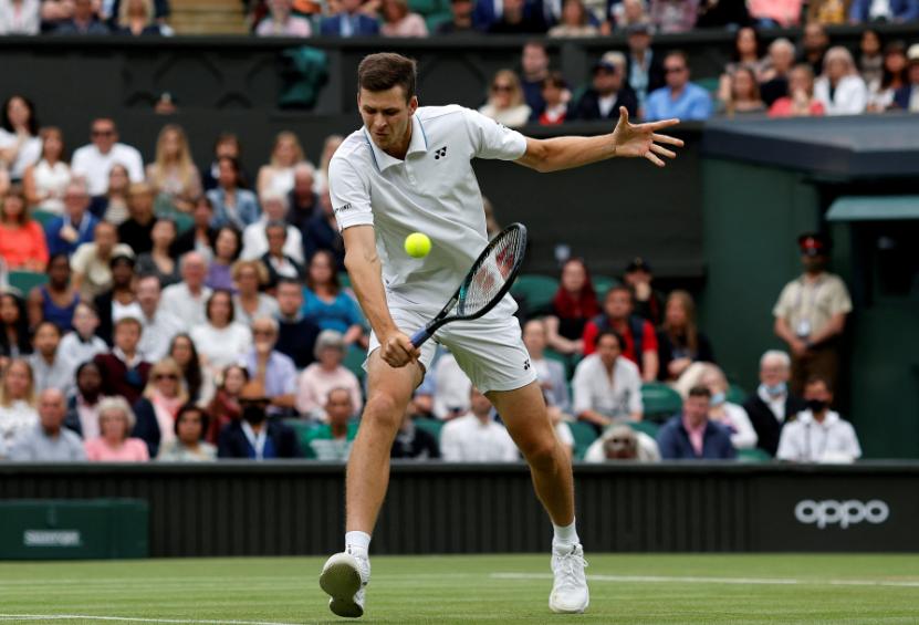 Hubert Hurkacz se medirá a Roger Federer en Wimbledon.