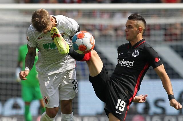 Rafael Santos Borré, en Augsburgo contra Eintracht Frankfurt
