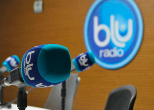 350053_BLU Radio. Micrófonos de BLU Radio // Foto: BLU Radio