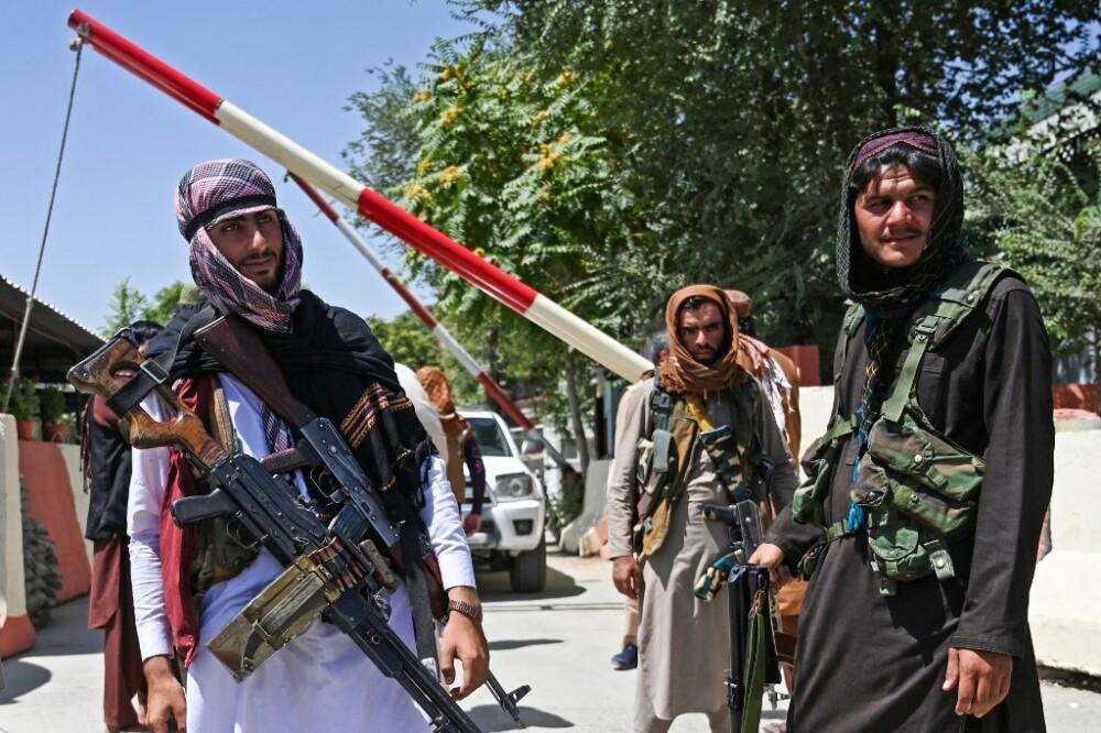 Talibanes en Kabul