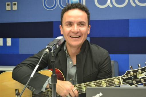 11576_BLU Radio, cantautor colombiano Fonseca / Foto: Blu Radio