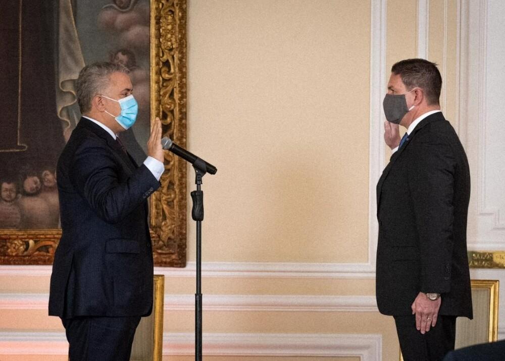 Duque Juan Carlos Pinzón Foto Presidencia.jpg