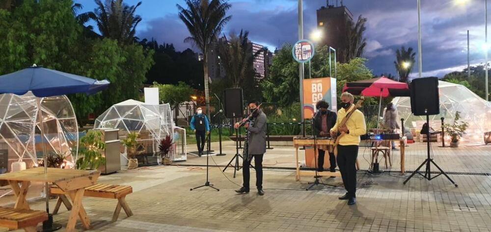 concierto city u Bogotá - prensa city u.jpeg