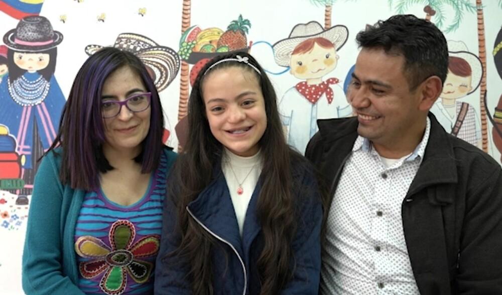 Luna, de 12 años, una de las beneficiadas por la Operación Sonrisa Colombia