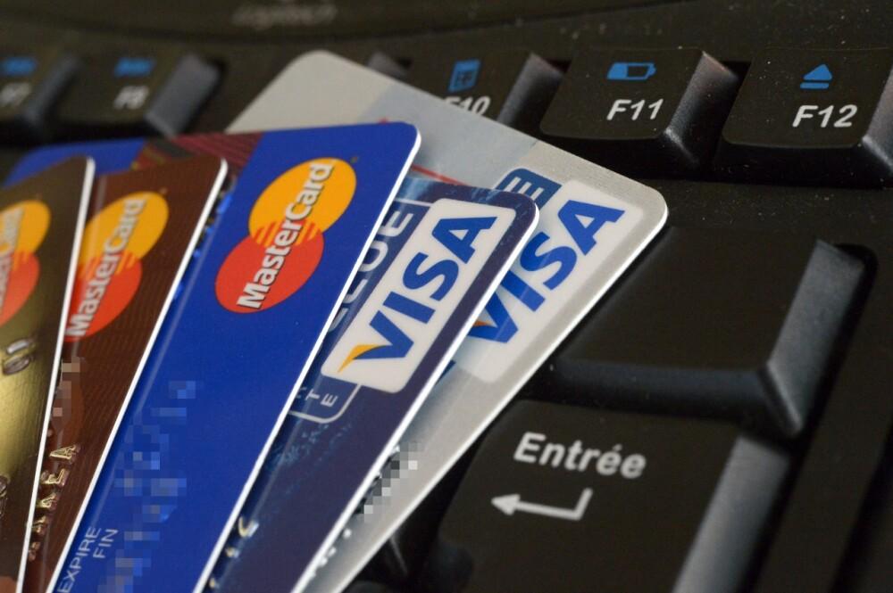 Tarjeta de crédito en Colombia.jpg
