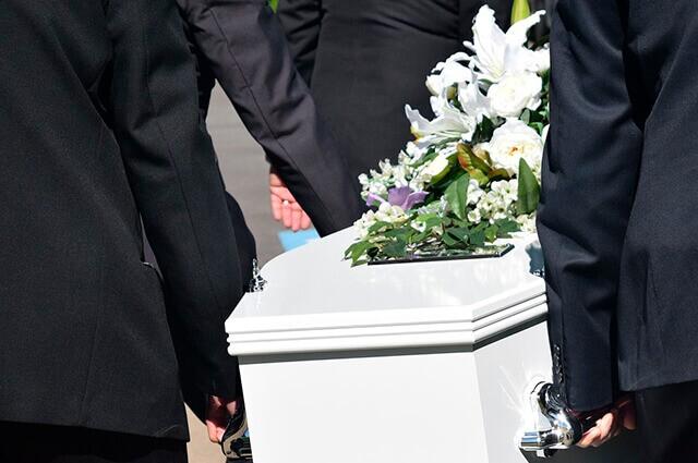En lugar de recibir el cuerpo de su hijo, un hospital le entregó a una familia una pierna amputada