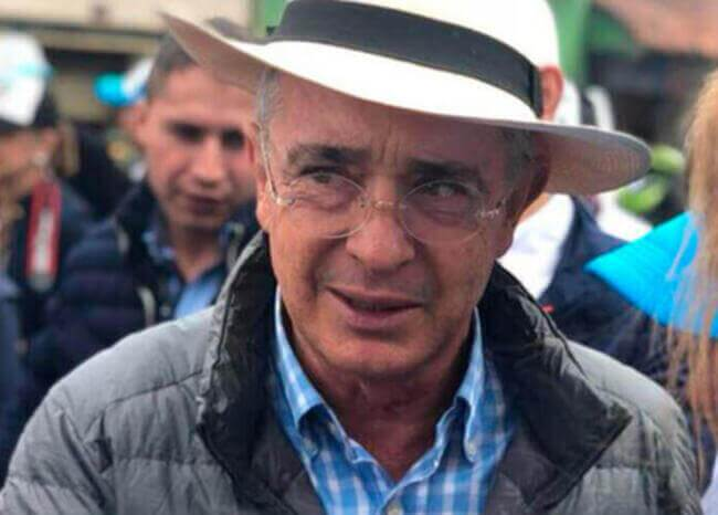 373326_Álvaro Uribe // Foto: Facebook