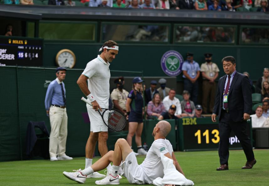Roger Federer clasificó a segunda ronda de Wimbledon.