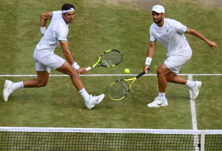 Juan Sebastián Cabal y Robert Farah clasificaron a segunda ronda de Wimbledon.