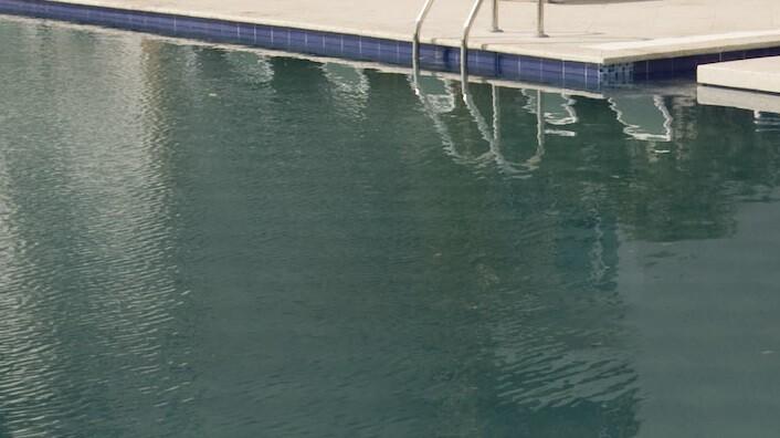 Niño se ahogó en piscina de Turquía