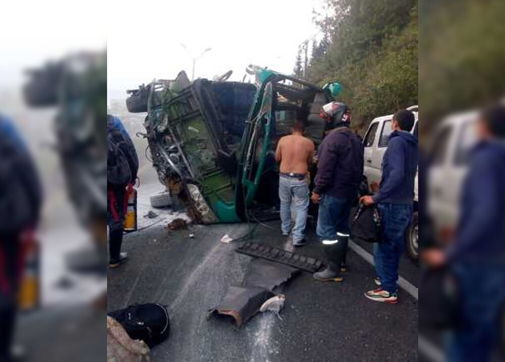 accidente de transito en la avenida las palmas.jpg