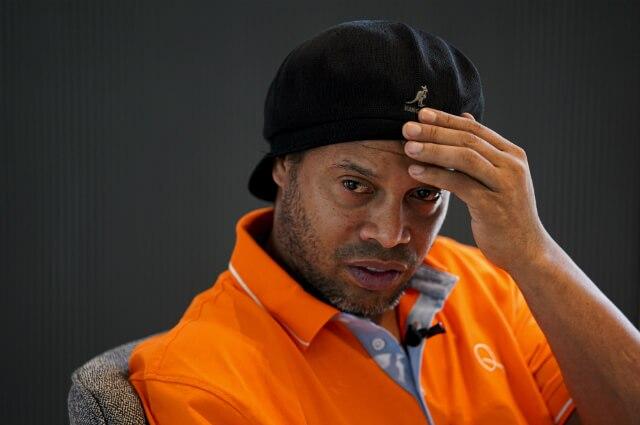 333022_Ronaldinho
