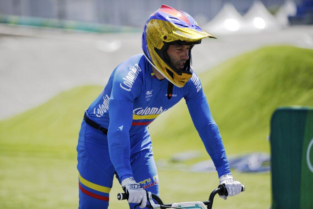 Vincent Pelluard, ciclista francés representando a Colombia en los Juegos Olímpicos. @OlimpicoCol.jpg