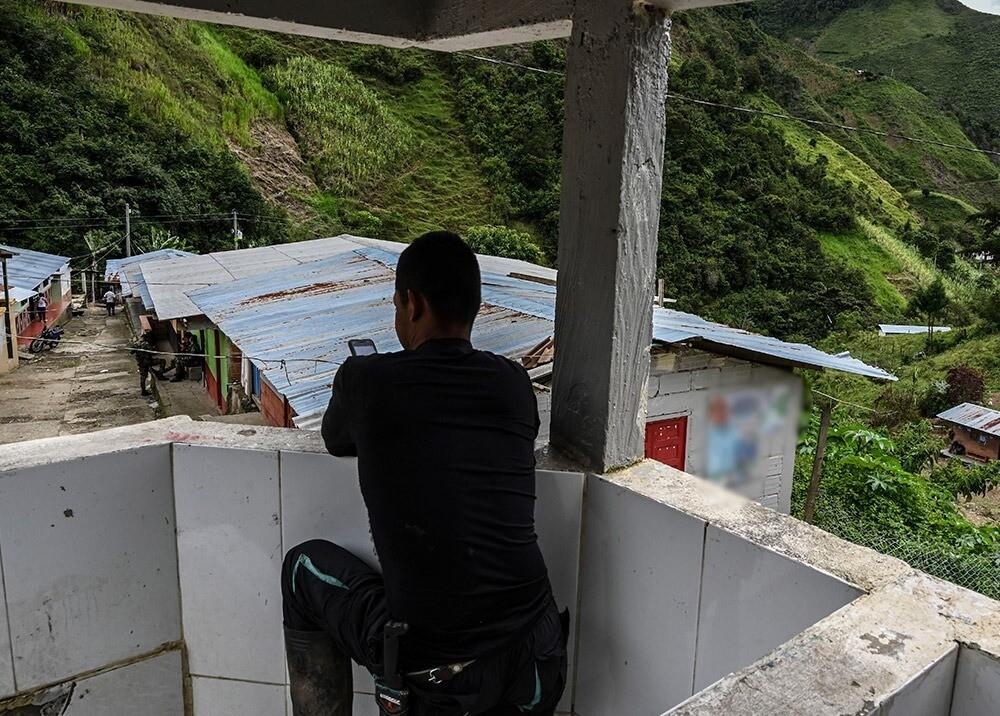 371053_Desplazamiento forzado de exguerrilleros en Antioquia // Foto: AFP, imagen de referencia