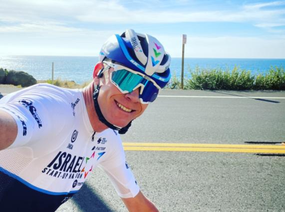 Chris Froome no se rinde y sigue soñando con su quinto título del Tour de Francia.