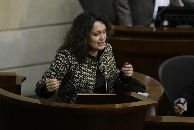 Consejo de Estado mantuvo investidura de Angélica Lozano.jpg