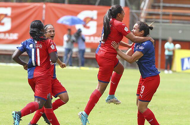 335614_Fútbol femenino