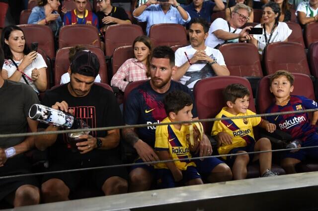 320570_Luis Suárez y Lionel Messi