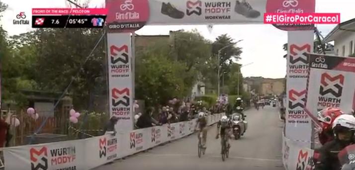 Esprint bonificado de la etapa 8 del Giro de Italia