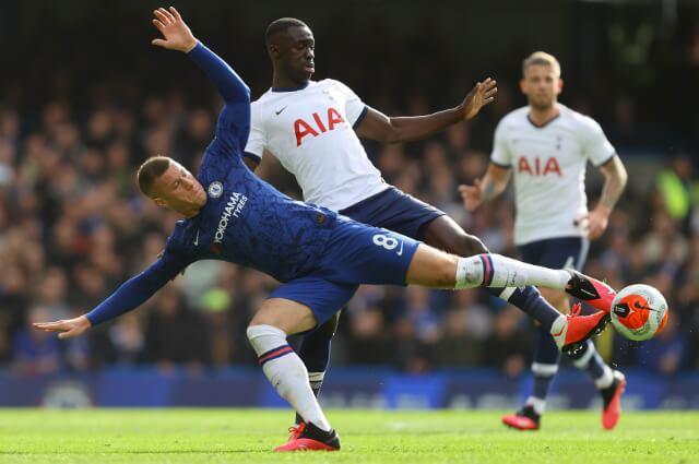 333907_El Tottenham de Davinson Sánchez redució sueldos para evitar la crisis económica.