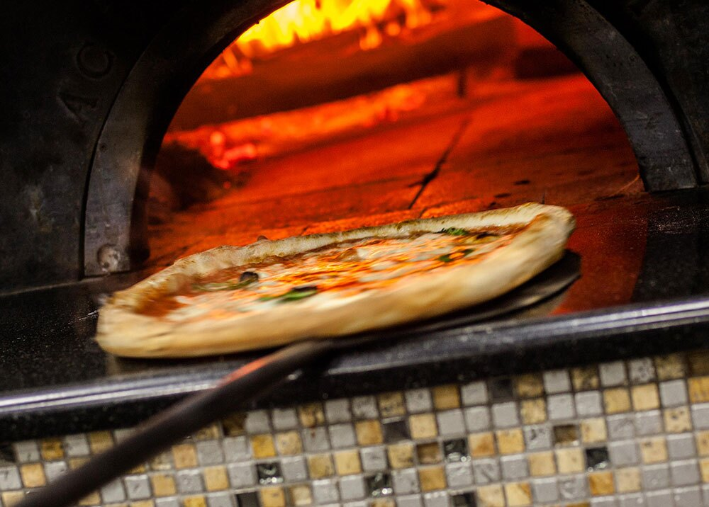 324563_BLU Radio, pizza / foto: AFP