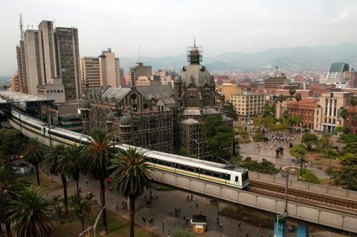 44837_Medellín - Panorámica - Metro Medellín / Foto: EFE