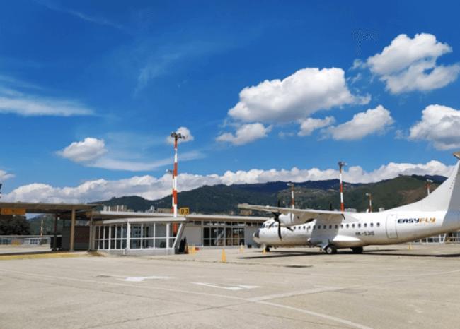 Aeropuerto Olaya Herrera de Medellín / Foto: Twitter @AeropuertoEOH