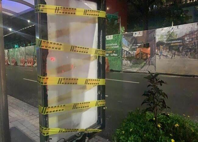 Paraderos vandalizados en Medellín