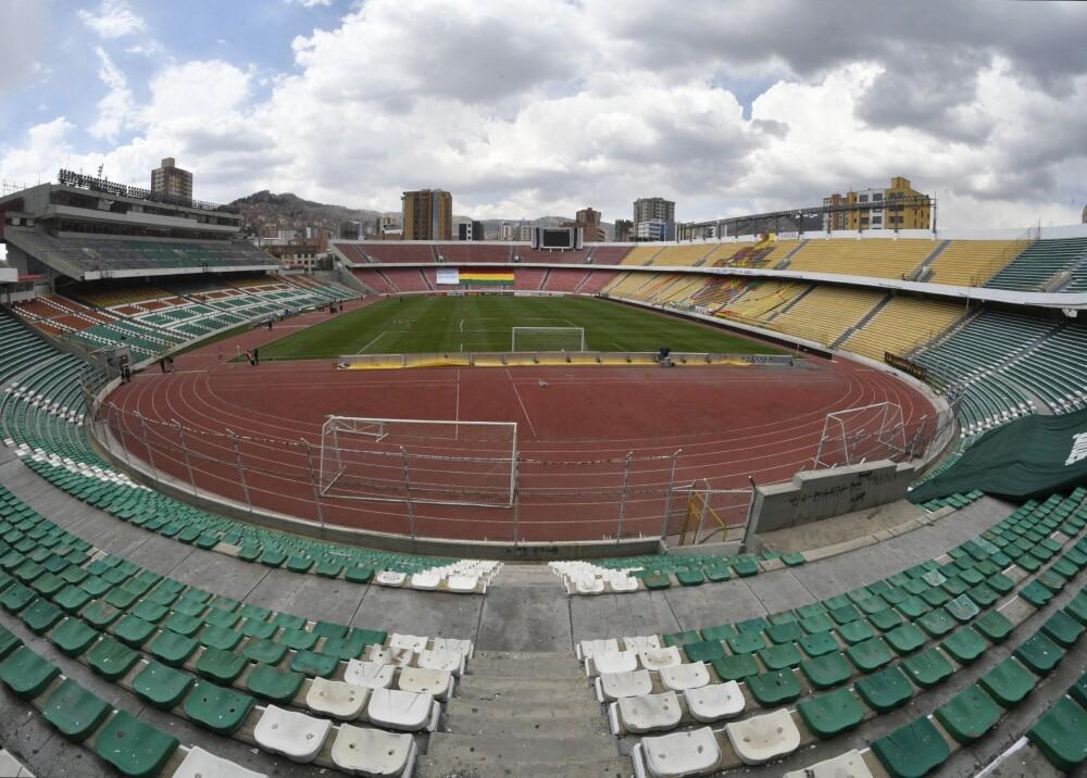 Estadio Hernando Siles de La Paz Bolivia Foto AFP.jpg