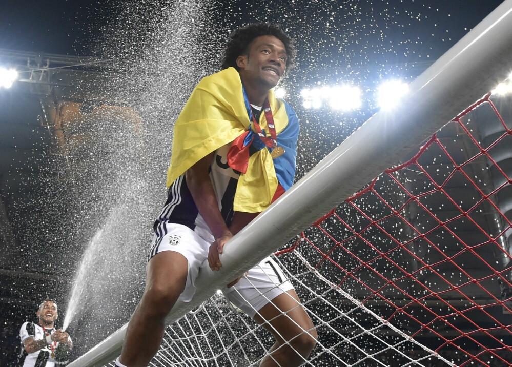215092_Juan Guillermo Cuadrado ganó la Serie A y la TIM Cup con Juventus - Foto: AFP